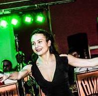 ragazza danza swing