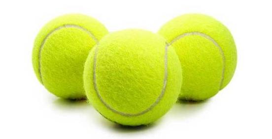 3 palline tennis